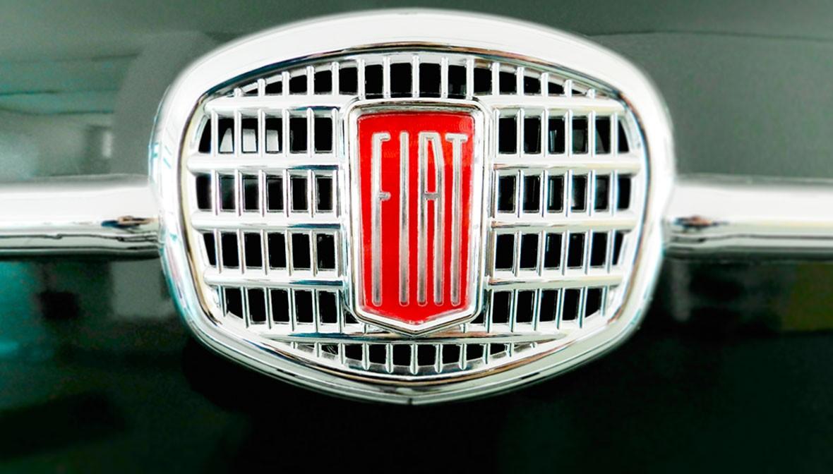 slide uno fiat 500 quadro palermo design frontale cofano arredo creativo verde rosso pisticci matera basilicata