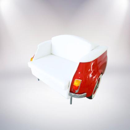 milano divano rosso a due posti fiat 500 vernice rossa rivestimento pelle bianca fronte lato fronte palermo design arredo pisticci matera basilicata